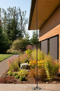 Rain Chains and Water Catchment Systems to Get You Ready for Spring | Dwell