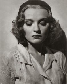 Anna Sten, 1935