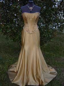 renaissance dress styles - Bing Images