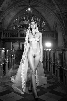 Эротика,красивые фото обнаженных, совсем голых девушек, арт-ню,черно-белое фото,ero monochrome,бобрик