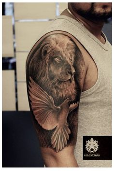 #lion #Leo #dove #pigeon #amazingtattoo #pattern #realistic #beautiful…