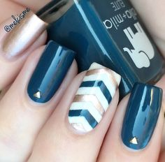 If you decide for square shape of nails observe the edges that are slightly sharper and can easily crack.