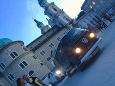 Bulli in Salzburg: Our VW StammMobil on the way home. The Way Home, Vw T1, Salzburg, Spaceship, Train, Design, Tree Trunk Table, Space Ship, Spacecraft