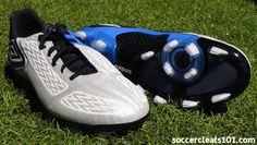 Umbro Geometra II Soccer Cleats