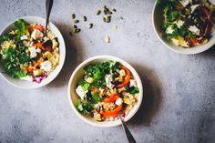 Munakoiso-kvinoasalaatti paahdetulla fetalla