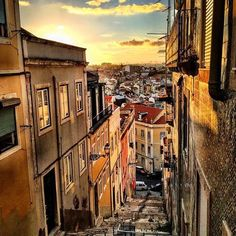 @eric_lucchesi_ stopped to take in the #sunset while climbing the labyrinth of stairs that is #Lisbon – and we're sure glad he did. Thanks for sharing by using #travelzoo. #Portugal
