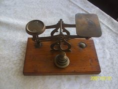 antique,vintage small brass letter post office scales collectable