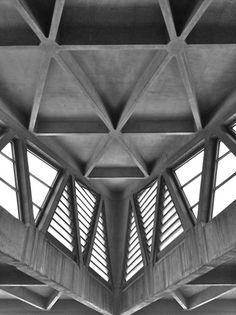 George Washington Bridge Bus Terminal, New York  Pier Luigi Nervi