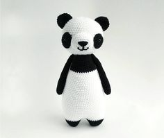 With this pattern by Little Bear Crochets you will lear how to knit a Panda Bear amigurumi crochet pattern step by step. It is an easy tutorial about panda to knit with crochet or tricot. Crochet Panda, Giraffe Crochet, Crochet Amigurumi Free Patterns, Cute Crochet, Crochet Crafts, Crochet Dolls, Crochet Projects, Crochet Cow, Appliques Au Crochet