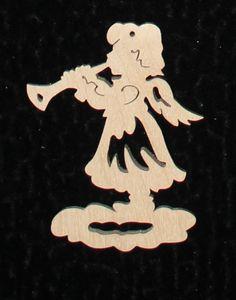 традиционна я немецкая игрушка. ангел с трубой. дерево размер 5,0*5,0