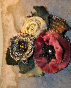 Brown pink lace flower brooch coat wrap hat pin corsage vintage 1940 50s velvet