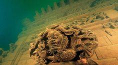 5 Mind Blowing Underwater Cities!