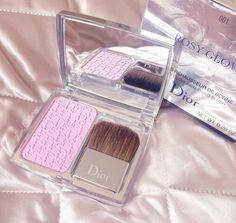 Pink Dior Treats | Rosy Glow Blush 001 Petal www.lovecatherine.co.uk www.instagram.com/catherine.mw