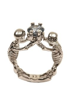 13 Pieces Of Alexander McQueen Jewelry That Are So Worth Collecting #refinery29