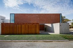 House Loma Blanca - Piura, Piura, 2013 - Riofrio   Rodrigo Arquitectos