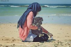 ©Photographer Hibo #Photographerhibo #photography #lights #Portrait #model #beach #Hints #sensitive #doglovers Drawstring Backpack, Dog Lovers, Backpacks, Lights, Portrait, Beach, Model, Photography, Fashion