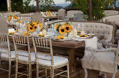 Vi piacciono i girasoli? per un matrimonio rustico, vintage, country sono perfetti-camelia lambru wedding planner roma