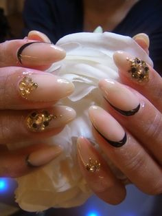 The gold beads just jump out on this one. Very classy and elegant nail art design. You would love to do one of these when going to a formal party or a reunion with your family and friends. Elegant Nail Art, Beautiful Nail Art, Gorgeous Nails, Pretty Nails, Japanese Nail Design, Japanese Nail Art, Hot Nails, Hair And Nails, Sharp Nails