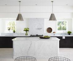 Two toned black white #kitchen love