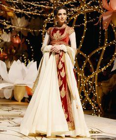 A model display Rohit Bal's bridal creation on day four of India Bridal Fashion Week. #Bollywood #Fashion