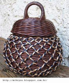 Crochet y Artesanía: Artesanía Prensa - Jarrones y Relojes