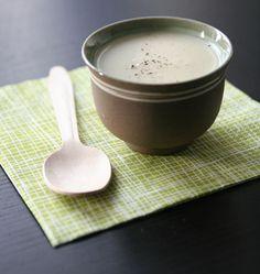 Sauce béchamel, sans lait de vache et sans beurre (pour allergique au lactose), la recette d'Ôdélices : retrouvez les ingrédients, la préparation, des recettes similaires et des photos qui donnent envie !