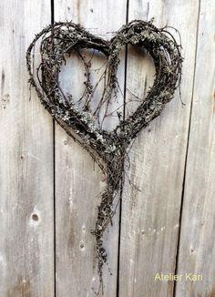 Atelier Kari naturdekorasjoner og kranser: Takk til sosiale medier!