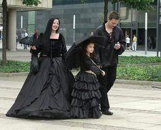 Family at the wave gotik treffen