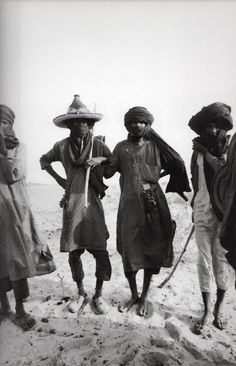 "Niger. Raymond Depardon : ""Afriques"", Editions Hazan, 2005. Copyright R.Depardon/Magnum Photos."
