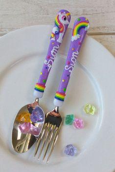 Artículos similares a Unicorn Cutlery, Personalized Cutlery Unicorn Room Decor, Unicorn Bedroom, Unicorn Rooms, Cute Unicorn, Rainbow Unicorn, Unicorn Horse, Unicorn Dress, Unicorn Hair, Unicorn Birthday