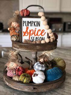 Thanksgiving Decorations, Seasonal Decor, Fall Decorations, Thanksgiving Ideas, Halloween Decorations, Fall Home Decor, Autumn Home, Pumpkin Decorating, Decorating Ideas