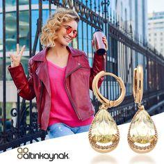 14 Ayar altının gerçek değerini taşıyan ve şaşırtıcı fiyatlarla sahip olabileceğiniz yüzlerce tasarımı keşfetmek için, online mağazamızı ziyaret ediniz. Stok Kodu : (0117017) #zarafetinkaynağı ##14ayaraltınküpe Red Leather, Leather Jacket, Jackets, Fashion, Studded Leather Jacket, Down Jackets, Moda, Leather Jackets, Fashion Styles