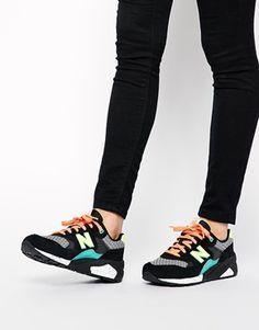 promo code e2620 122ee Zapatillas de deporte de ante y malla en negro mix 580 de New Balance  Zapatillas De