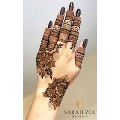 50 Most beautiful Pune Mehndi Design (Pune Henna Design) that you can apply on your Beautiful Hands and Body in daily life. Henna Tattoo Designs Simple, Finger Henna Designs, Back Hand Mehndi Designs, Latest Bridal Mehndi Designs, Mehndi Designs 2018, Stylish Mehndi Designs, Mehndi Designs For Beginners, Mehndi Designs For Girls, Mehndi Designs For Fingers