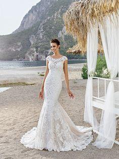 Bella Wedding Dress by Eddy K