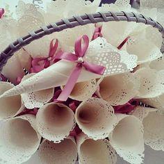Cones para chuva de arroz