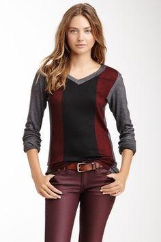 Go Couture Slub V-Neck Sweater