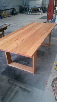Recycled messmate dining table with wooden legs table plan Wooden Outdoor Table, Wooden Patios, Wooden Tables, Outdoor Dining, Outdoor Tables, Dining Room Table Legs, Timber Dining Table, Patio Table, Dining Chairs