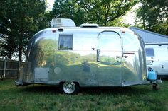 1966 17ft Airstream Caravel © http://www-vintage-airstream.com