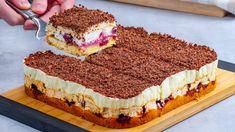Gyorsan és egyszerűen, készíthetsz egy habos-meggyes ritka süteményt!| Í... Tiramisu, Beverages, Deserts, Dessert Recipes, Food And Drink, Cooking Recipes, Cake, Ethnic Recipes, Dessert Food
