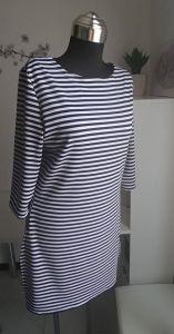 Patron gratuit tunique - robe d'été brodé