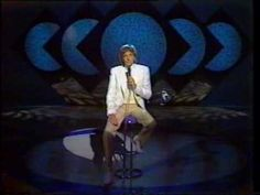 Barry Manilow : And When October Goes (on Jimmy Tarbuck 1984.)