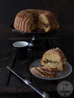 Cinnamon Swirl Zucchini Bundt Cake Bundt Cakes, Cupcake Cakes, Food To Make, Making Food, Squashes, Zucchini, Cinnamon, French Toast, Baking