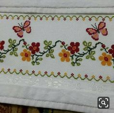 This Pin was discovered by HUZ Cross Stitch Beginner, Simple Cross Stitch, Cross Stitch Borders, Cross Stitch Flowers, Cross Stitching, Cross Stitch Patterns, Embroidery Stitches, Hand Embroidery, Palestinian Embroidery