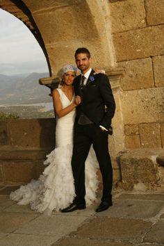 sonia_novia_innoviasNuestra novia Innovias Sonia lució un estilo andaluz revisado con su mantilla española colocada estilo años 20.  ***