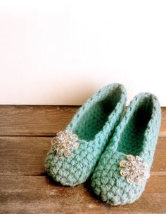 These slippers are so easy to make and are so adorable!  Just love them!