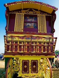 light color sound: gypsy caravan