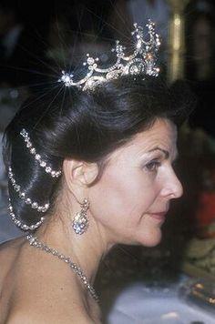 2008 Queen Silvia attends Nobel Peace Gala Banquet