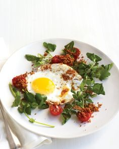 Fried Eggs with Tomato, Watercress, and Breadcrumbs