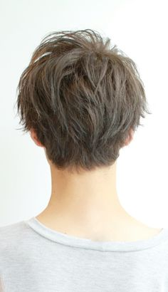 Korean Men Hairstyle, Pixie Cut With Bangs, Messy Short Hair, Classic Haircut, Peekaboo Highlights, Hair Reference, Haircuts For Men, Curly Hair Styles, Cool Hairstyles